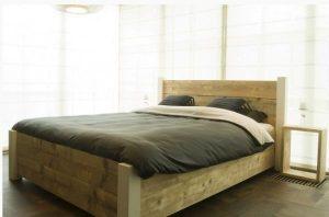 Tekening bed steigerhout.