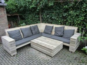 Loungeset in steigerhout.